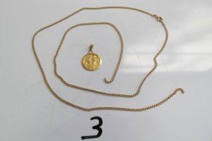 """1 Médaille en or à décor de """"Saint Christophe"""" gravée""""Laurent et date de naissance,1 chaine en or brisée(L 63cm).PB 9,3g"""