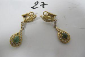 2 Pendants en or rehaussés de pierres vertes et blanches. PB 12g