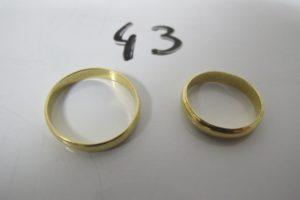 2 Alliances en or gravées à l'intérieur (TD 49/59).PB 5,5g