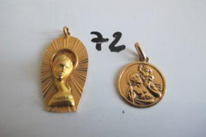 2 Médailles en or(1 Saint Christophe, 1 Vierge(H3,5cm)).PB 8g