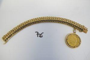 1 Bracelet en or maille russe(L19,5cm)etsa breloque sertie clos pièce en or de 40 frs 1834 Louis Philippe I.PB 111g