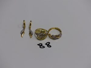 2 bagues ornées de petites pierres (td55 et td58) et 2 pendants ornés de petites pierres. Le tout en or PB 9,7g