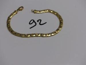 1 bracelet maille haricot en or (anneau de bout à fermer, L21cm). PB 12,2g