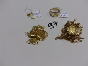 1 Lot casse : Or 9,7g + or et pierres ou perle 19,5g + bague en alliage 14K 3,4g (+ pendentif griffe en métal doré)