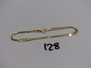 1 chaîne maille carrée en or à décor de petites étoiles (L40cm). PB 3,5g