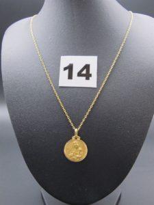 1 chaîne maille forçat en or 22 K et 1 médaille en or (2 faces Vierge & Christ)PB 4,9g