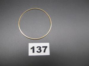 1 bracelet demi jonc en or (diam 6cm) PB 12,7g