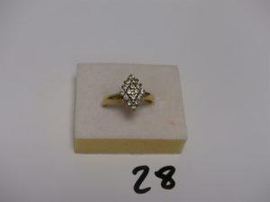 1 bague en or ornée de petites pierres blanches (td54). PB 4,3g