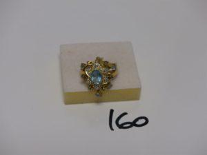 1 bague en or ornée de petites pierres et motifs en pampille ornés de pierres (td59). PB 6,2g
