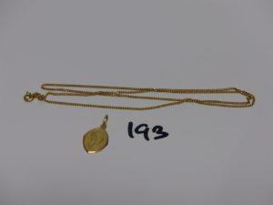 1 chaîne maille gourmette en or (L50cm) et 1 petite médaille de la Vierge en or (gravée au verso). PB 5,3g