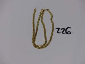 1 collier maille anglaise en or (abimé, L50cm). PB 5,8g