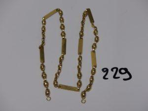1 collier maille fantaisie en or (L47cm, anneau de bout à souder). PB 12,3g