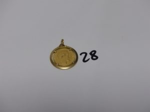 1 pendentif en or serti-griffes 1 pièce de 20Frs. PB 10,2grs