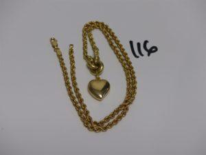 1 collier maille corde en or motif central à décor d'1 coeur (L44cm). PB 10,3grs