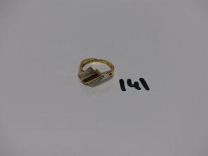 1 bague en or ornée de petits saphirs et petits diamants (td53). PB 3,4g
