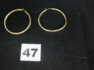 2 boucles d'oreilles créoles en plaqué or (PB 6,1g)