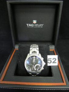 1 montre homme acier TAG HEUR LINK CALIBRE S, réf CJF7110.BAO592 RBZ8794 accompagnée de sa boite, de rallonges pour le bracelet, du manuel et du certificat