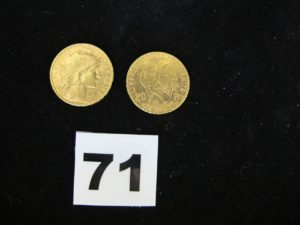 1 pièce 20Fr or (année 1904) et 1 pièce 20Fr or (année 1908). PB 12,8g