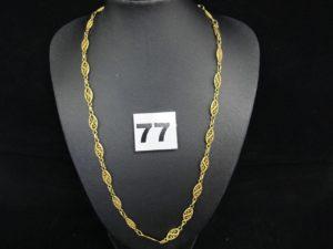 1 collier en or maille filigranée (L 45 cm). PB 10,8g