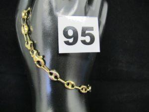 1 bracelet en or maille grain de café tricolore (L 22 cm). PB 7,2g