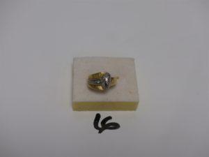 1 bague en or ornée de petits diamants (Td53). PB 5,2g