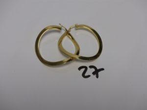 2 créoles en or (diamètre 4,5cm). PB 5,4g