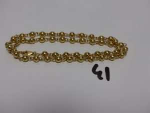 1 collier boules en or (L43cm). PB 14,6g