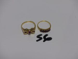 1 bague en or ornée de pierres rouges et petits diamants (Td55) et 1 bague en or ornée de 5 pierres rouges (Td53). PB 6g