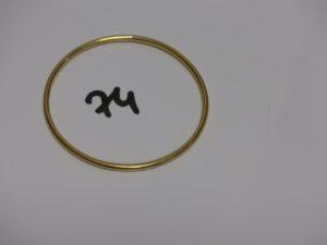 1 bracelet jonc en or (diamètre 6,5cm). PB 18,1g