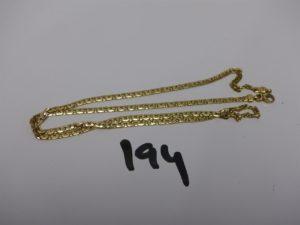 1 chaîne maille haricot en or (très abimée). PB 5g