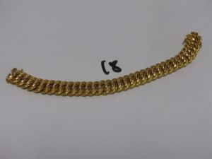 1 bracelet maille américaine en or (L19cm, chaînette de sécurité cassée). PB 23,6g