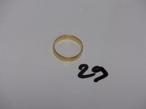 1 alliance en or gravée à l'intérieur (td60). PB 4g