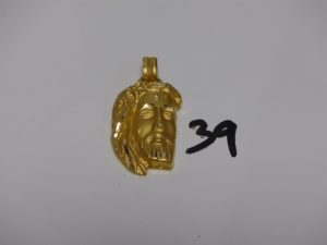 1 pendentif visage du Christ en or (H5cm). PB 12,8g