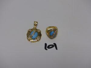1 pendentif et 1 bague (Td56, monture 1 peu fendue) en or serti-griffes 1 pierre bleue turquoise entourage petites pierres blanches. PB 14,9g
