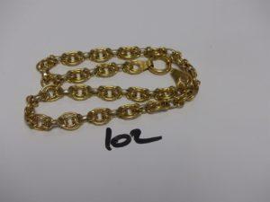 1 collier maille tressée en or (L47cm). PB 33g
