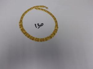1 collier ras de cou maille articulée en or 22K (L46cm). PB44,9g