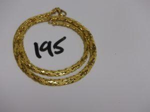 1 collier maille tressée en or poli et granité (L42cm). PB 19,5g
