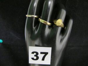 1 bracelet jonc en or (diam 6,5cm). PB 20,7g
