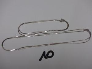 2 chaînes maille serpentine en or (L40/66cm). PB 8,9g