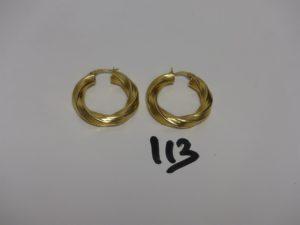 2 créoles ciselées en or. PB 6,6g