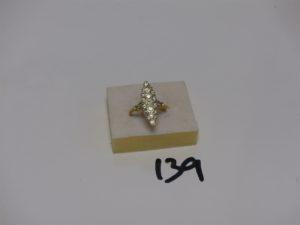 1 bague marquise en alliage 14K, ornée d'un pavage de diamants (td55). PB 4,6g