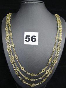 1 collier ancien en or draperie en chaîne triple maille alternée et décors filigranées (L 48cm, poinçon tête de cheval). PB 25g