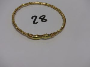 1 bracelet serpent en or (diamètre 7,5cm). PB 49g