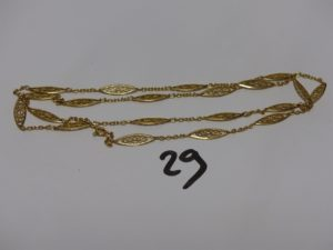 1 collier à motifs filigranés en or (L75cm). PB 15,7g
