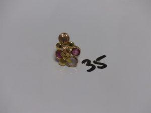 1 bague en or à décor floral orné de 3 pierres (Td54). PB 5,8g
