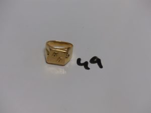1 chevalière en or gravée 'BA' (Td60). PB 8,5g