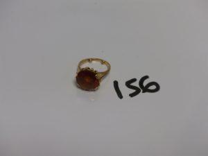 1 bague en or rehaussée d'1 pierre ambrée à fixer (Td55). PB 7,6g