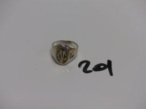 """1 chevalière en or initiales """"CV"""" (Td54). PB 4,4g"""