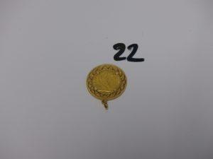 1 pendentif en or serti-griffes une pièce de 20frs RF1908. PB 12,7g