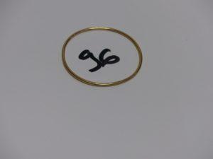 1 bracelet jonc pour enfant en or (diamètre 4,5cm). PB 5,4g